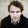 Rakkaudesta lajiin: Juha Itkonen on romaania kirjoittaessaan vapaa tutkiskelemaan